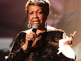 Cissy Houston performs a tribute to her daughter Whitney at the 2012 BET Awards