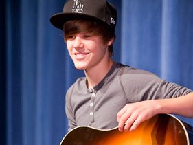 Justin Bieber surprises a band camp in Florida