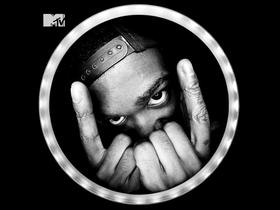 Rhamm Thrash completa 26 anos e libera novo álbum, uma forma de presentear ele e os fãs, bonitinho né? Pois é Not Human é o Deep no Techno e Minimal irado, acompanhe ''https://goo.gl/EXs6k9''.