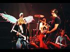 Nirvana performs